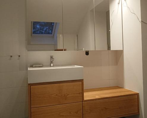 Badezimmer kleiner Schrank Kink Gruppe